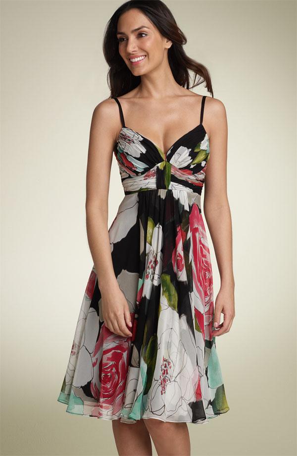 Modelos de vestidos para mujeres con senos grandes